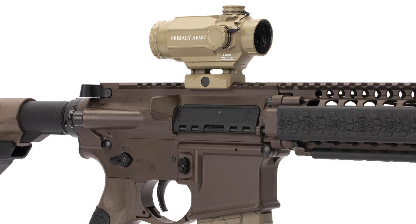 The PAC1X Cyclops on a Daniel Defense AR rifle.