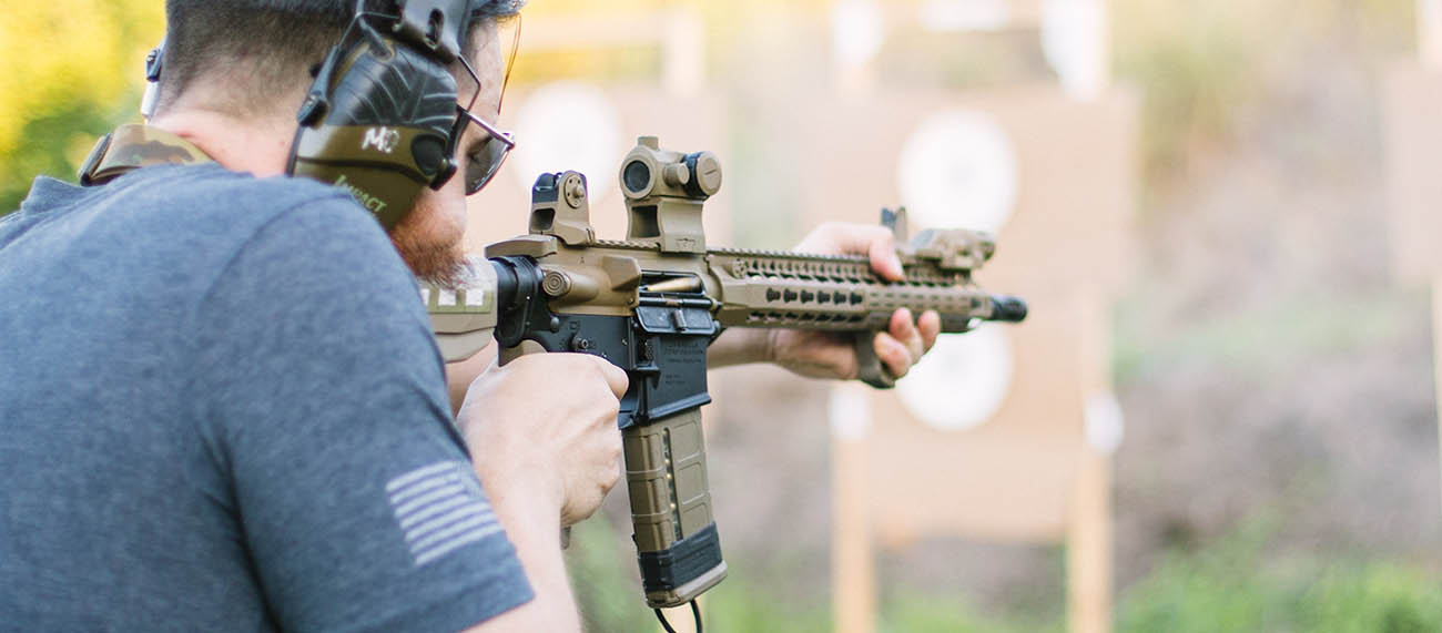 For close quarters combat, a Red Dot Sight is nearly unbeatable. Use MPBR strategies to maximize their distance capabilities.